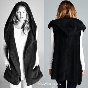 Jackets & Blazers - *SALE {LAST3} Black Fur Hoodie Vest